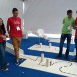 Alunos do Sesi-ES promovem corrida de robôs na Autotech 2017